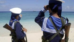 Hải quân Việt Nam tuần tra tại Trường Sa.