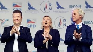Marine Le Pen, presidente da Reunião Nacional, Tomio Okamura, fundador do SPD, e o líder holandês Geert Wilders