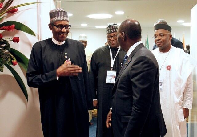 Shugaba Muhammadu Buhari na Najeriya a lokacin da takwaransa na Ivory Coast Alassane Ouattara ke tarbansa
