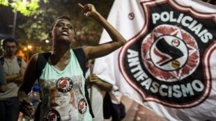 Des manifestantes défilent à Rio de Janeiro contre le candidat d'extrême droite Jair Bolsonaro, rassemblées par le mot d'ordre #EleNao, «pas lui», le 29 septembre.
