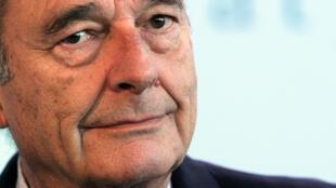 ژاک شیراک، رئیس جمهوری پیشین فرانسه، روز چهارشنبه ٢۵ سپتامبر/ ٣ مهر، در ٨٦ سالگی درگذشت