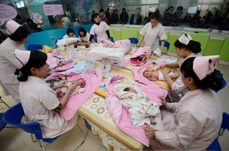 資料圖片:I中國自1980年起推行嚴苛的計畫生育政策。《大國空巢》一書的作者易富賢先生認為,中國總和生育率自1991年起就已經低於世代更替水平。攝於2012年12月