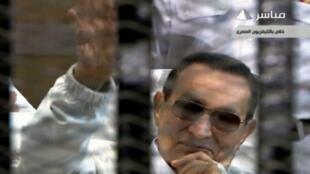 Hosni Moubarak, durante audiência neste sábado (13/04/2013), no Cairo.