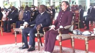 Bongo watching military parade