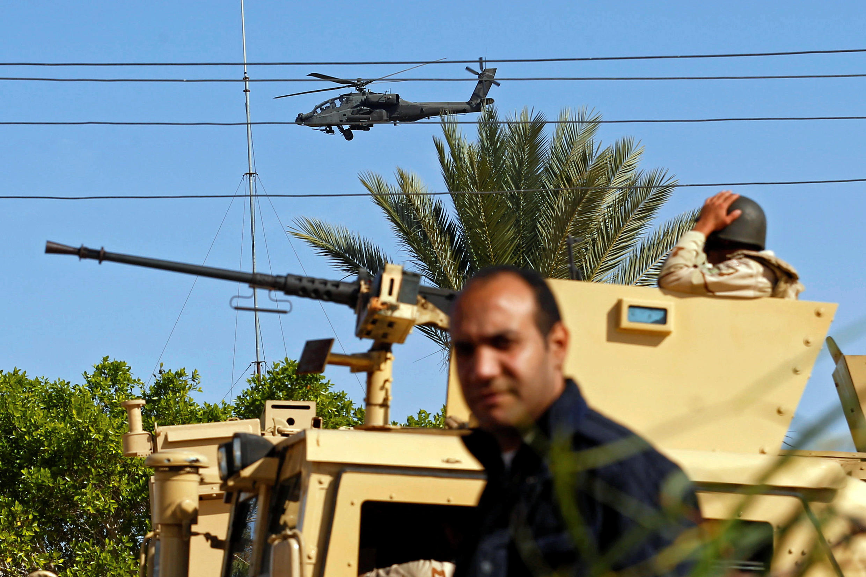 ارتش و پلیس مصر برای بازگرداندن امنیت به صحرای سینا تلاش میکند