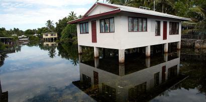 En 2004 déjà, l'archipel polynésien de Tuvalu était confronté à des inondations telles que près de la moitié de la population de ses îles était affectée.