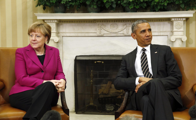 Angela Merkel e Barack Obama ainda divergem sobre o possível envio de armas para ajudar as forças de Kiev.