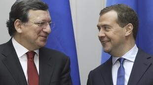 Дмитрий Медведев и Жозе Мануэл Баррозу на совместной пресс-конференции в Москве 22/03/2013