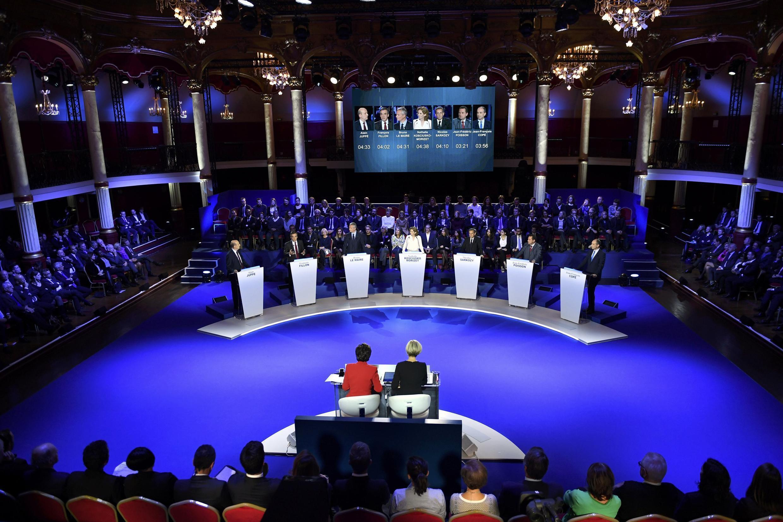 Left-Right: Alain Juppé, François Fillon, Bruno Le Maire, Nathalie Kosciusko-Morizet, Nicolas Sarkozy, Jean-Frédéric Poisson, Jean-François Copé at te final debate before the primary