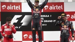 Sebastian Vettel comemora a conquista do GP da Índia disputado neste domingo, 28 de outubro de 2012.