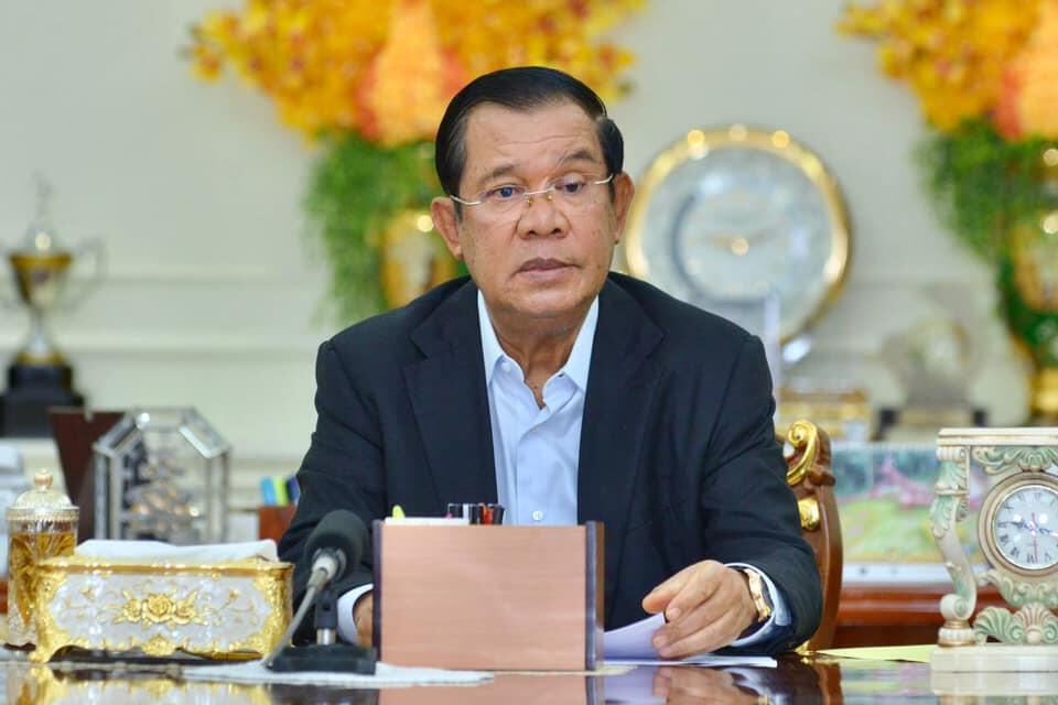 Le Premier ministre cambodgien Hun Sen, au pouvoir depuis 36 ans, espère tirer plus de 180 millions de dollars de cette production.