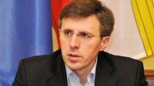 Мэром Кишинева в третий раз подряд был избран вице-председатель оппозиционной либеральной партии Дорин Киртоакэ.