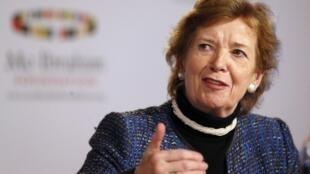 L'ancienne président irlandaise Mary Robinson (ici à Londres, en 2012) va diriger le panel d'experts.