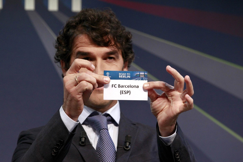 Karl-Heinz Riedle, embaixador para a final da Liga dos Campeões em Berlim, participou do sorteio em Nyon.