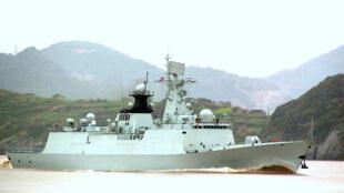 Ảnh minh họa : Khu trục hạm loại 054 A của Trung Quốc (nguồn:www.flickr.com/photos)