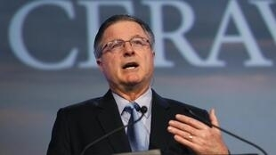 John Watson, gerente de Chevron, calificó de 'resonante victoria' el veredicto de un juez federal sobre irregularidades en la condena de la empresa, el 4 de marzo de 2014.