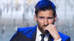 Lionel Messi foi condenado por tribunal a pagar multa de multa de € 252 mil por fraude fiscal, mas se livrou da prisão.
