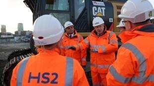 Boris Johnson sur le chantier de la High Speed 2, à Birmingham, le 11 février 2020.