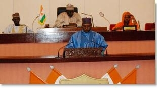 Hon Lamido Mumuni Haruna na jawabi kan mambarin  majalisar dokokin Nijer