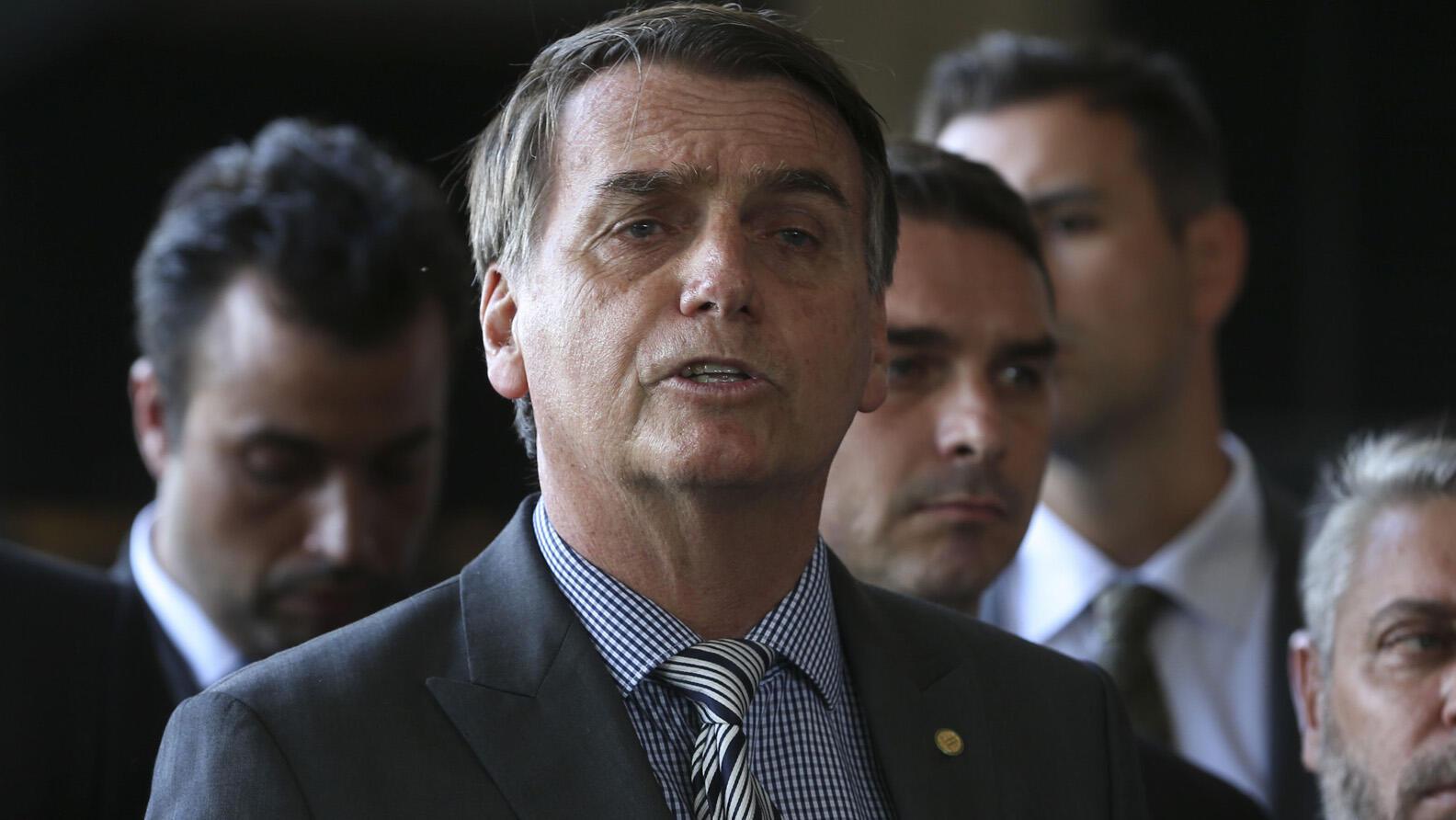 O presidente eleito Jair Bolsonaro partiicpará do Fórum Econômico de Davos e diz que vai apresentar um Brasil diferente.
