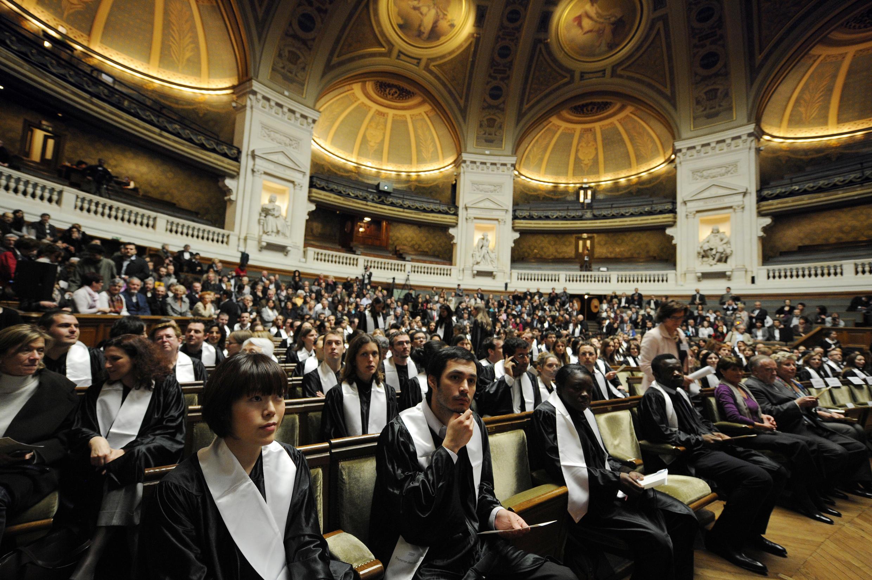 Une cérémonie de remise des diplômes à la Sorbonne (2010).