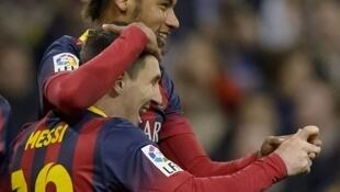 Hoton da Messi ya sanya a shafin shi na Facebook yana tare da Neymar suna sanye da rigar Barcelona