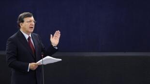 Presidente da Comissão Europeia, José Manuel Durão Barroso, no Parlamento Europeu em Estrasburgo.