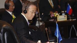 Генеральный Секретарь ООН Пан Ги Мун на саммите АСЕАН в Ханое 29/10/2010