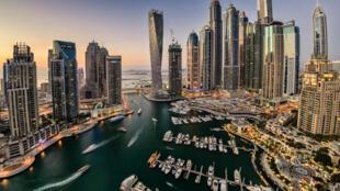 Une vue de Dubaï, première ville des Emirats Arabes Unis.