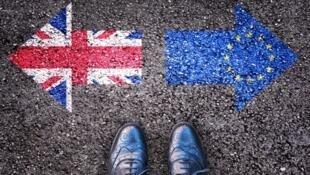 Processo de saída da União Europeia deve levar dois anos.