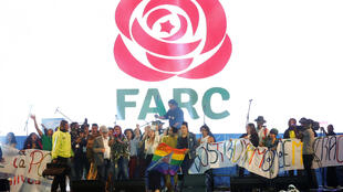 Las FARC presentaron oficialmente su nuevo partido político en el corazón de Bogotá.