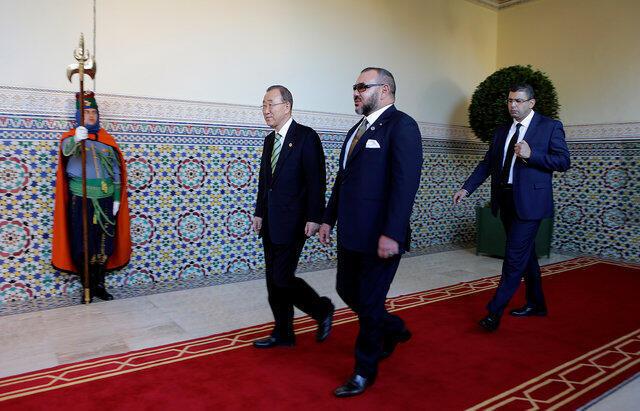 Sarkin Morocco Mohammed na 6 da Sakataren Majalisar Dinkin Duniya Ban Ki-moon a babban birnin kasar Marrakech, yayin taron kasashen Duniya kan dumamar yanayi da ke gudana a kasar