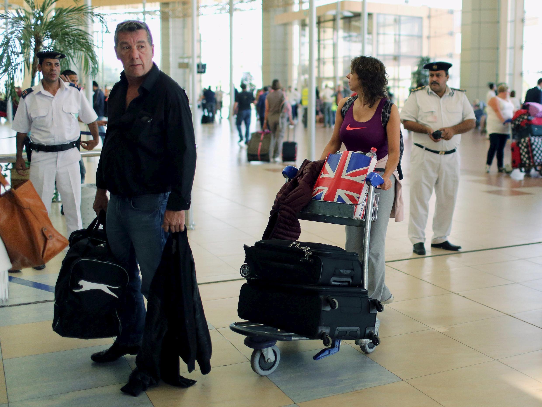 Fasinjan Birtaniya da Rasha sun makale a tashar Sharm el-Sheikh, a Masar