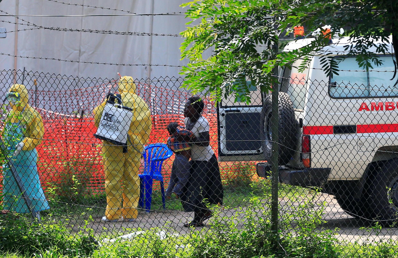 Mahukunta a Congo sun bayyana cewa babu alaka tsakanin mutum na farko da na biyun da suka mutu a birnin na Goma sanadiyyar cutar ta Ebola