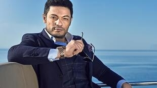 محمد علی که اینک به مخالف سیاسی تبدیل شده، تاجر مستغلات و هنرپیشه است