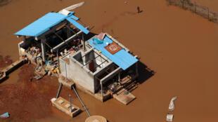 Rasto de destruição deixado pelo ciclone Idai no centro de Moçambique.