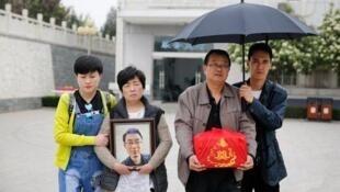 魏则西之死引起中国舆论一片质疑