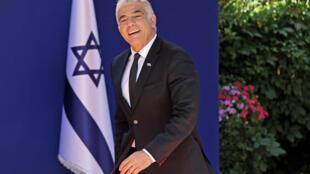 El nuevo ministro de Relaciones Exteriores de Israel, Yair Lapid, a su llegada a la residencia del presidente en Jerusalén, el 14 de junio de 2021