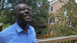 Le romancier nigérian Helon Habila enseigne la littérature et l'écriture à l'université de Virginie, aux Etats-Unis.