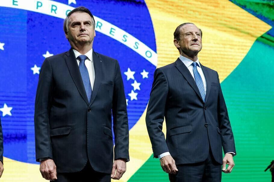 O presidente brasileiro, Jair Bolsonaro, e Paulo Skaf, presidente da Fiesp.