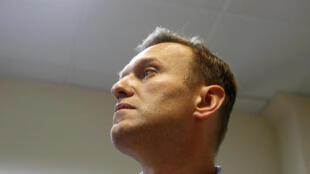 Alexeï Navalny, ici à Moscou avant l'annonce de sa condamnation à 20 jours de prison pour l'organisation de manifestations, le 2 octobre 2017.