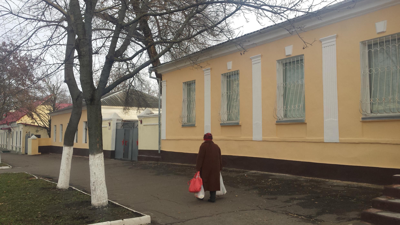 Уровень жизни в Приднестровье снизился, молодежь уезжает, а пенсионерам, составляющим треть населения, выплаты сократили на 30%.