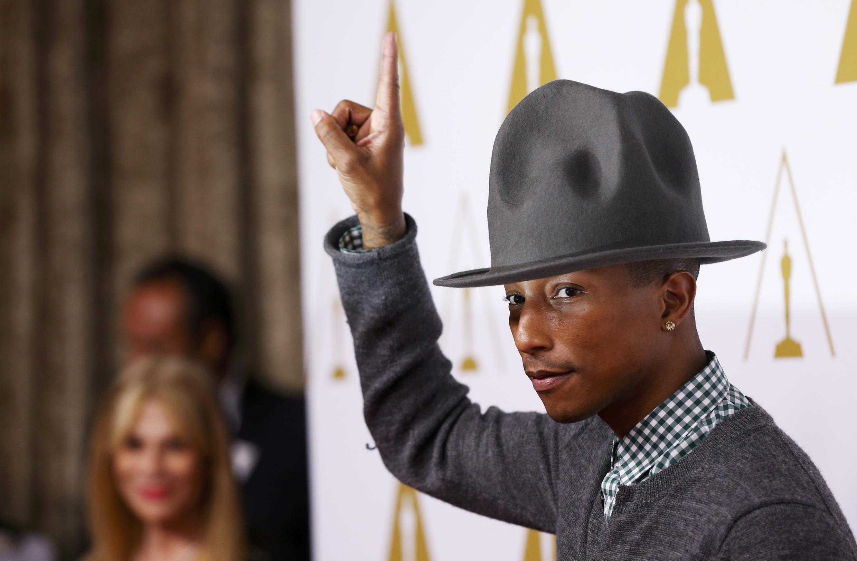 Pharrell Williams lors de la 86e cérémonie des Awards à Beverly Hills en Californie le 10 février 2014.