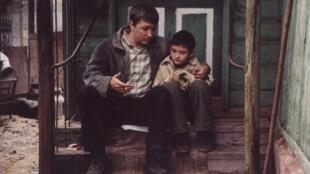 Кадр из фильма «Коктебель» Бориса Хлебникова иАлексея Попогребского