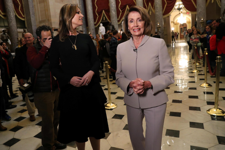 Lãnh đạo phe Dân Chủ tại Hạ Viện Nancy Pelosi trả lời phỏng vấn đài NBC tại trụ sở Quốc Hội Mỹ ngày 02/01/2019.