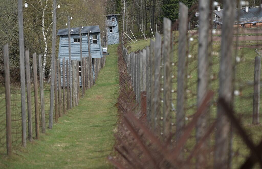 Бараки в концлагере Нацвейлер-Штрутгоф были построены по принципу террас. Их в своей книге «Некрополь» описывает словенский писатель Борис Пахор, бывший узник Штрутгофа.