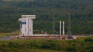 La fusée Vega, haute de 30 m et large de 3 m, accèdera à l'espace plus rapidement.