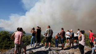 Из-за засушливого климата и частых засух лесные пожары на острове происходят регулярно. В августе 2018 года на Корсике выгорело не менее 600 гектаров растительности