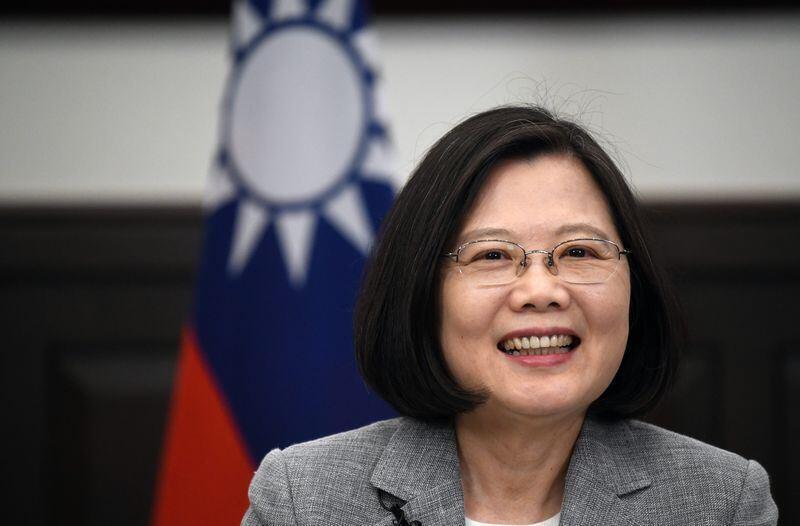 """蔡英文6月25日接受法新社采访时表示台湾是""""坚韧之岛"""""""