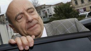 Selon un récent sondage, Alain juppé a été désigné comme la personnalité politique préférée des Français.